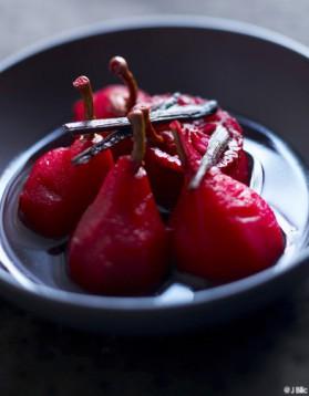 Poires, jus de cranberry pour 6 personnes