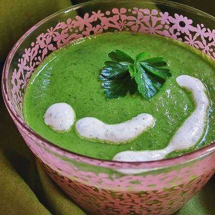Recette de soupe verte (crue) et crème fluide végétale
