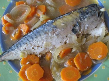 Recette de maquereaux au vin blanc, carottes et oignon