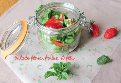 Recette de salade fèves, fraises et feta