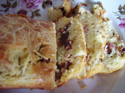 Recette de cake aux lardons et aux pruneaux