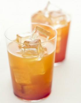 Cocktail amaretto sour pour 1 personne