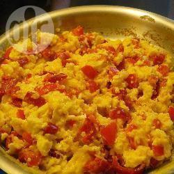 Recette oeufs brouillés aux poivrons rouges – toutes les recettes ...