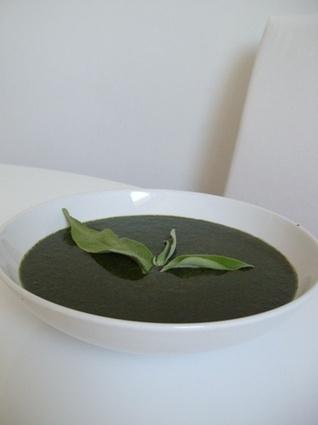 Recette de soupe qui pique (aux orties)