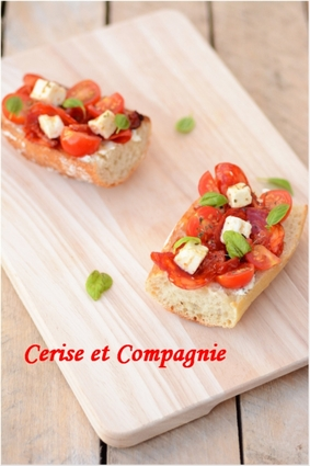 Tomates, chorizo, féta, tomates confites et basilic