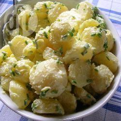 Recette salade de pommes de terre à l'ail – toutes les recettes ...