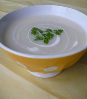 Soupe blanche aux cinq légumes-racines pour 8 personnes ...