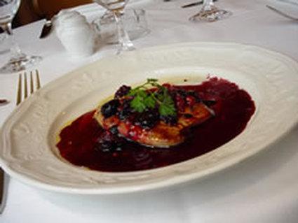 Recette de foie gras poêlé aux fruits rouges