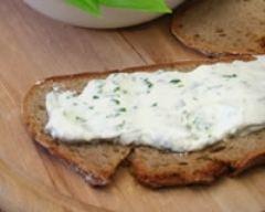 Recette tartare au fromage blanc et aux herbes