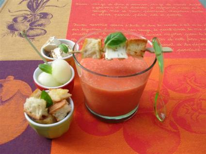 Recette de gaspacho de tomates et compagnie