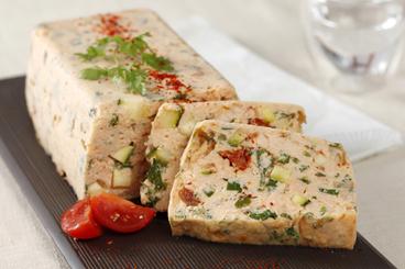 Recette de terrine de saumon et petits légumes facile et rapide