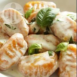 Recette gnocchis aux carottes sauce parmesan – toutes les ...