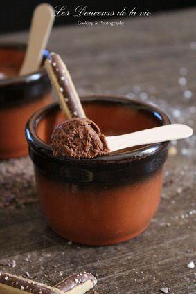 Recette de mousse au chocolat et praliné croquant