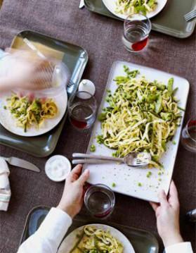 Tagliatelles vertes au pesto pour 4 personnes