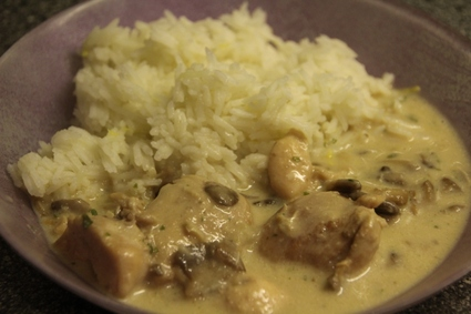 Recette de poulet aux champignons sauce à la crème et porto