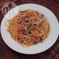 Recette spaghetti, sauce crémeuse aux côtes de bettes et à la ...
