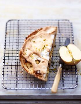 Tarte meringuée pommes râpées et pistaches pour 6 personnes ...