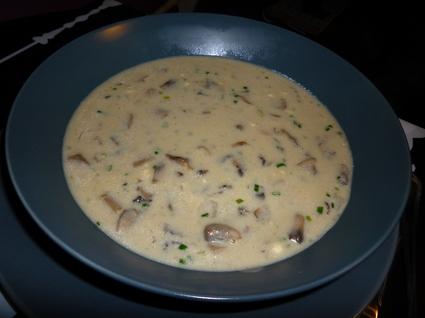 Recette de velouté de champignons, échalote et ciboulette