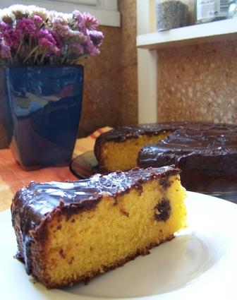 Gâteau aux carottes, glaçage chocolat