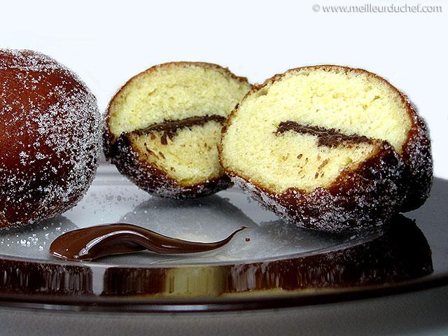 Beignet au chocolat  fiche recette illustrée  meilleurduchef.com