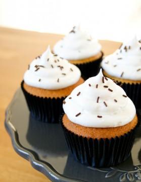 Cupcake vanille, meringue italienne pour 9 personnes
