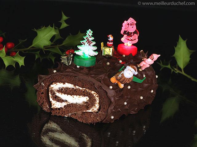 Bûche de noël au chocolat  la recette illustrée  meilleurduchef.com
