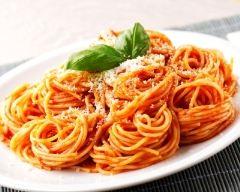 Recette spaghetti à la sauce tomate facile
