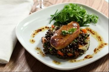 Recette de salade de lentilles et foie gras poêlé facile et rapide