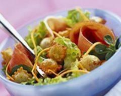 Recette salade de ravioles croquantes et jambon cru