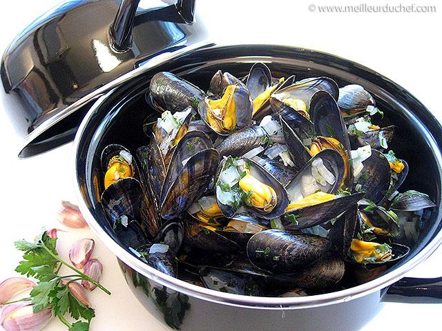 Moules marinières  notre recette avec photos  meilleurduchef.com