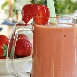 Recette smoothie à la fraise, banane et orange – toutes les recettes ...