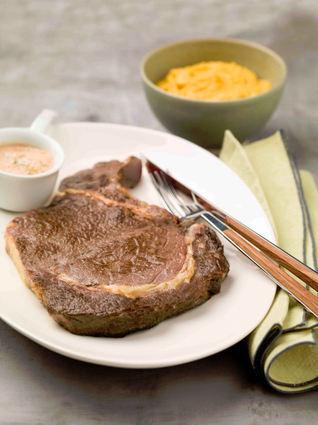 Recette entrecôte snackée au foie gras et sa purée de potimarron ...