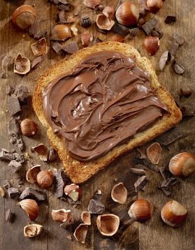 Pâte à tartiner chocolat noisettes thermomix pour 4 personnes ...