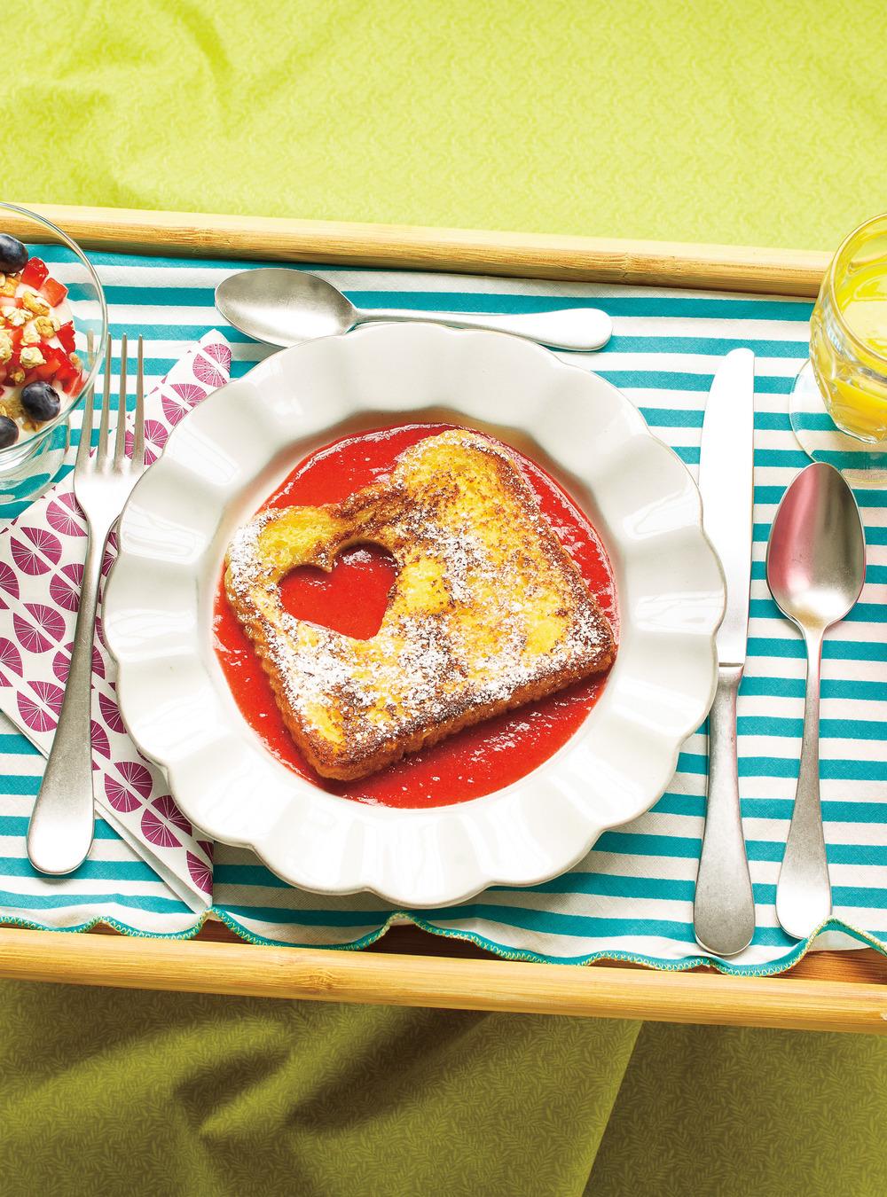 Pain doré et coulis de fraises | ricardo