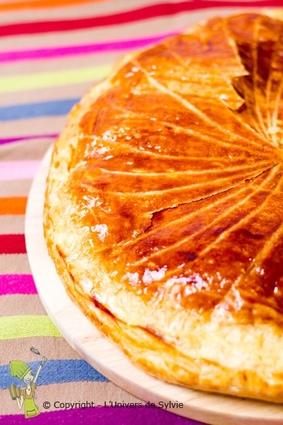 Recette de galette des rois aux poires, amandes et chocolat