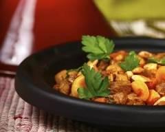 Recette tajine au poulet aux abricots secs et aux amandes