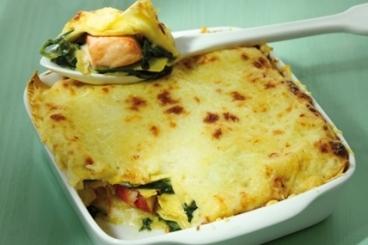 Recette de lasagne au saumon et aux épinards facile