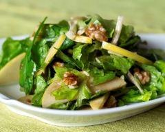 Recette salade verte aux pommes et aux noix
