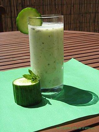 Recette de soupe froide au concombre et à la menthe