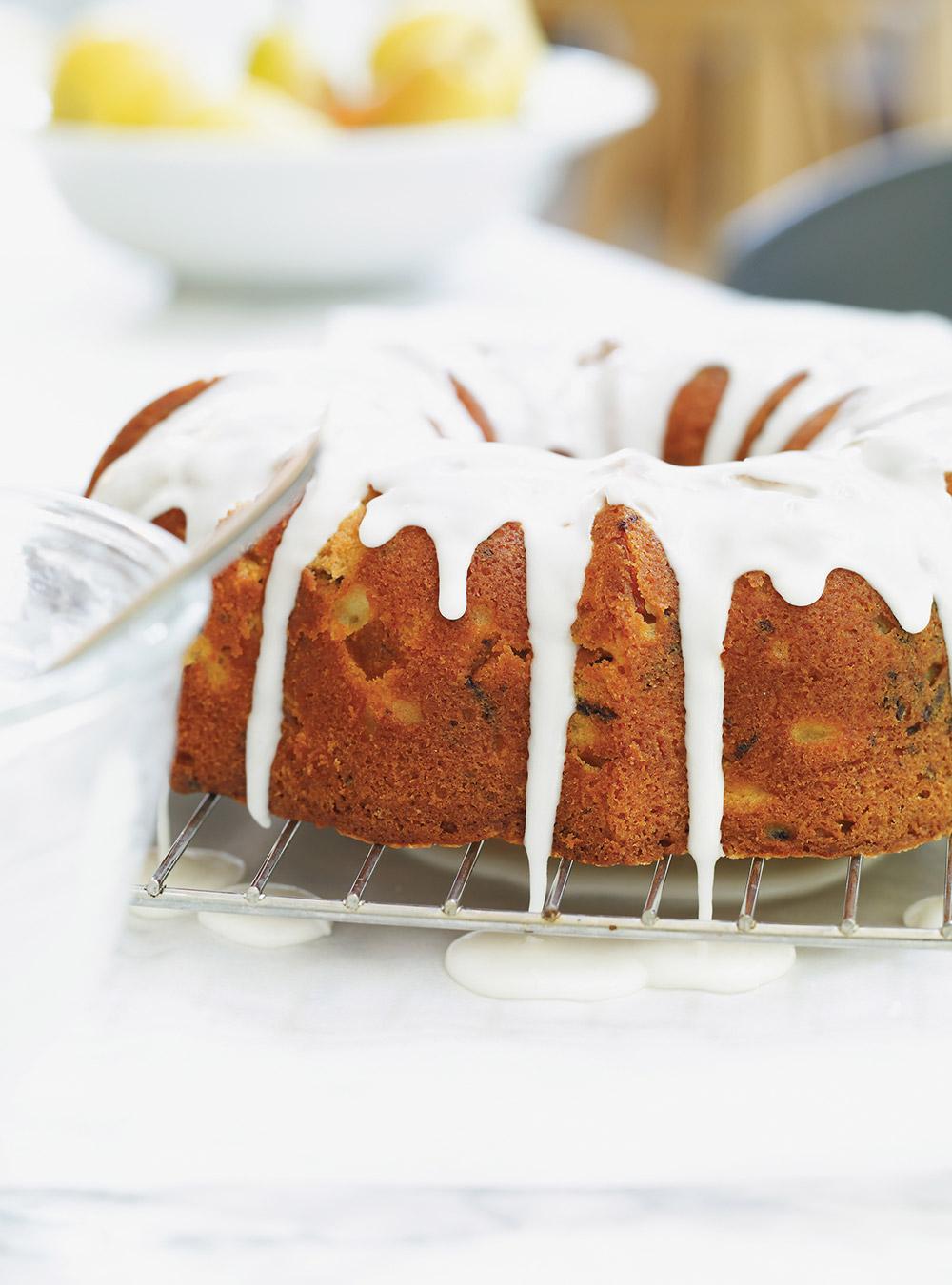 Gâteau bundt à la poire et au chocolat | ricardo