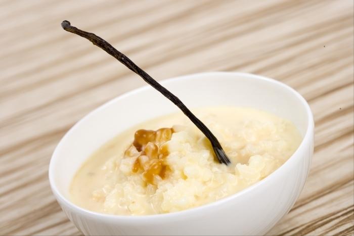 Recette de riz au lait vanillé, caramel demi-sel facile et rapide