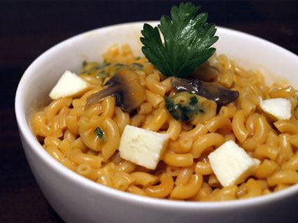 Recette de risotto de coquillettes, tomate et mozzarella