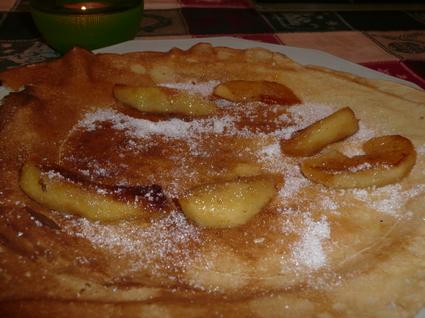 Recette de crêpes aux pommes caramélisées