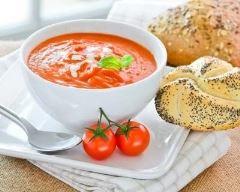 Recette velouté froid de tomates cerises au basilic