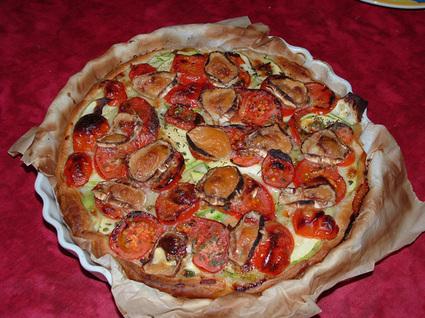 Recette de tarte à la tomate, courgette et chèvre