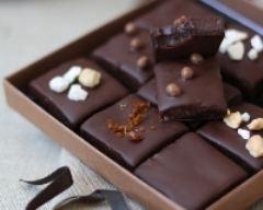 Recette carrés au caramel et chocolat noir