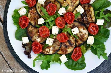 Recette de salade d'aubergines grillées au balsamique, tomates ...