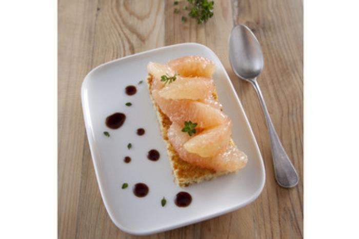Recette de gâteau de semoule aux agrumes et au thym