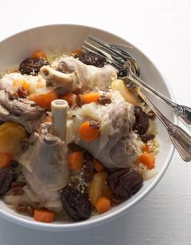 Souris d'agneau, semoule et fruits secs pour 4 personnes