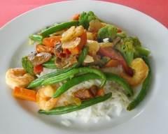 Recette sauté aux crevettes et aux légumes minute sans gluten